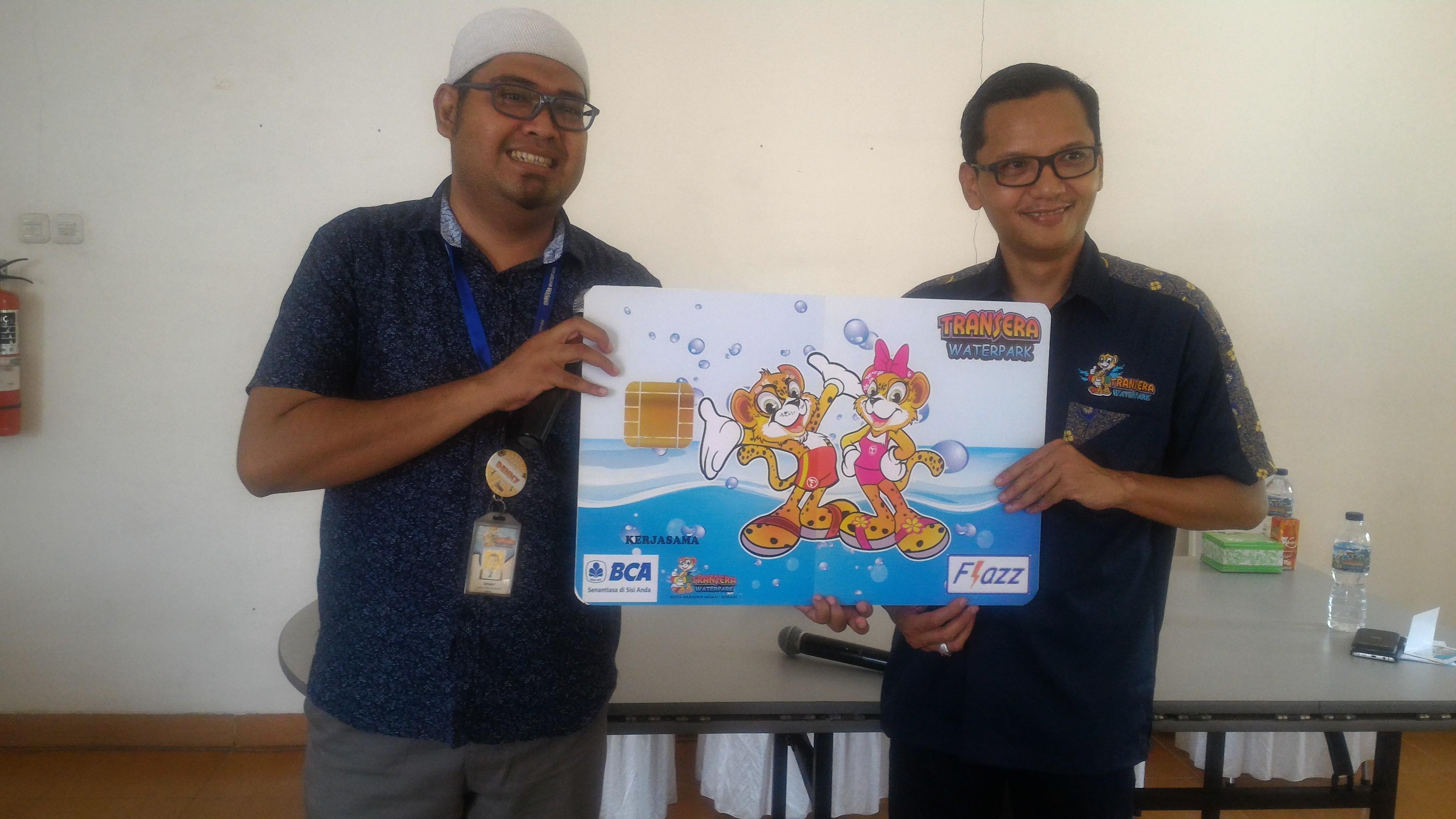 Transera Waterpark Luncurkan Kartu Flazz Limited Edition Info Bekasi Card Bca 10 Design Baru Yang Diluncurkan